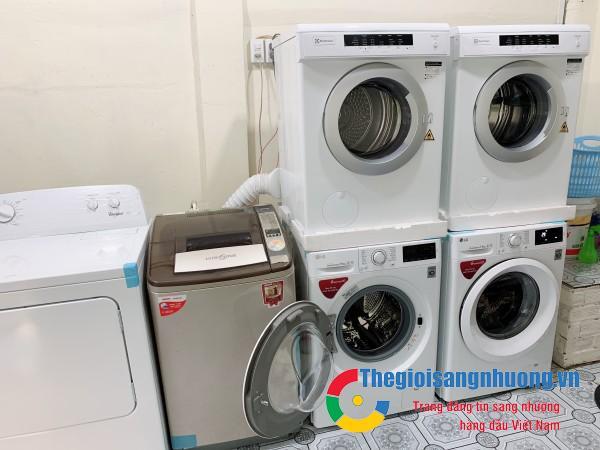 Sang tiệm giặt sấy tự động